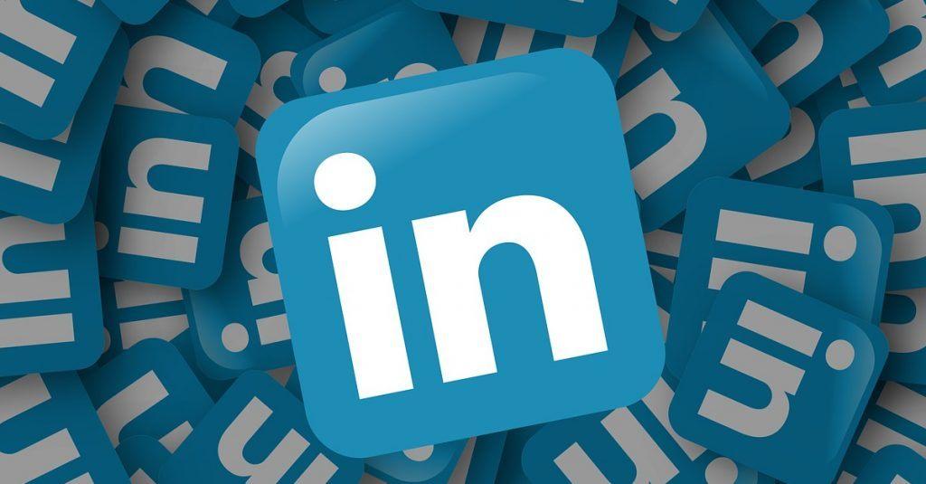 微軟,LinkedIn,聊天機器人