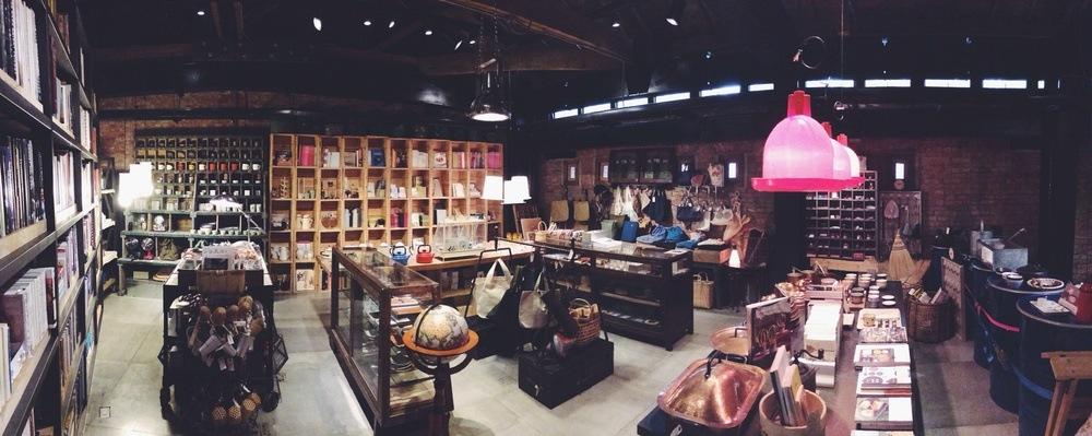 01  好樣書店