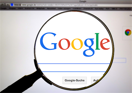 當顧客對你的服務或產品感興趣,第一件事就是上網搜尋/圖:Pixabay